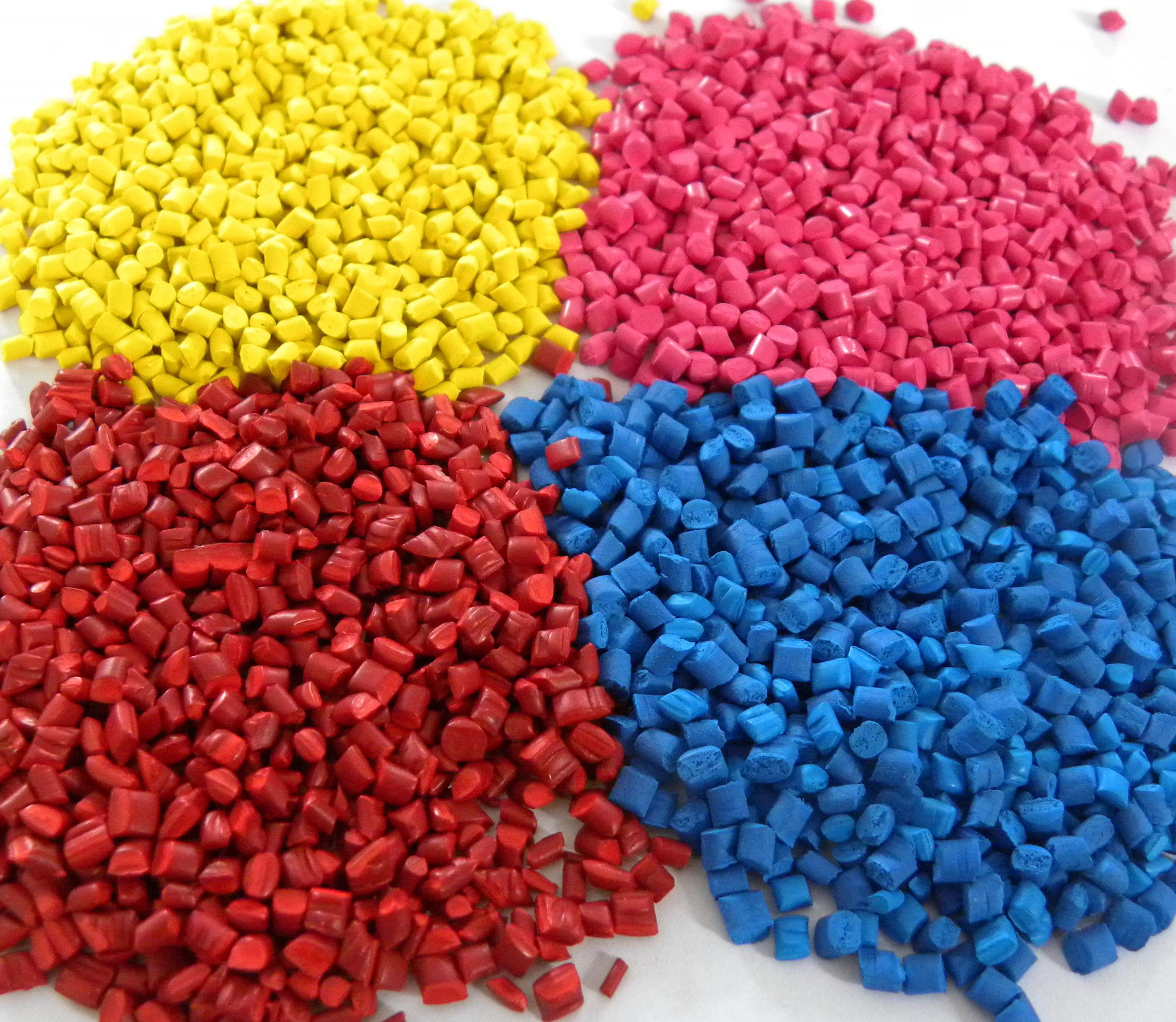 PRODUZIONE ARTICOLI PLASTICA COSMETICA STAMPAGGIO MATERIE PLASTICHE INJECTION MOLDING PRODUCTION ABRUZZO ITALY FARMACEUTICA ALIMENTARE AUTOMOTIVE ELETTRONICA GIOCATTOLI SERRAMENTI